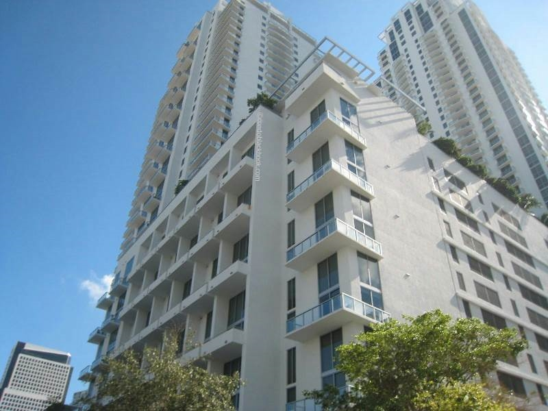 Avenue 1060 Brickell Img3