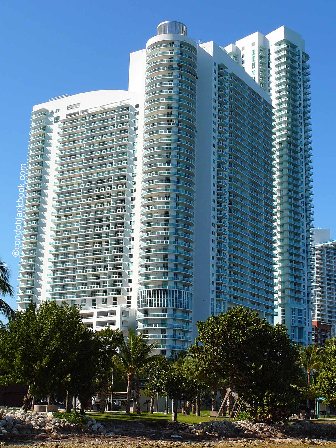 Building in Miami, Downtown Miami, 1800 Club