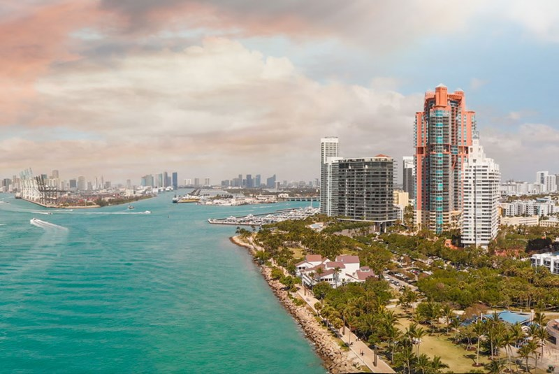 Brickell vs South Beach: A Comparison