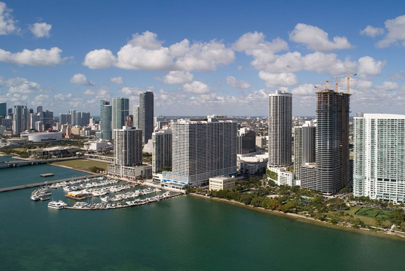 The Most Luxurious Condo Buildings in Edgewater and Midtown