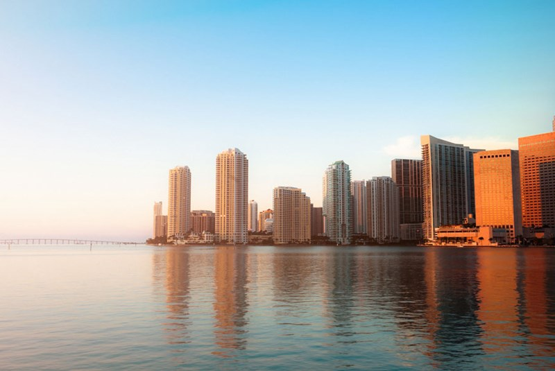 Why Are Luxury Condo Sales Surging in Downtown Miami as Sales Weaken in Miami Beach?