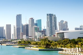 Top 5 Reasons to Move to Greater Downtown Miami instead of Miami Beach