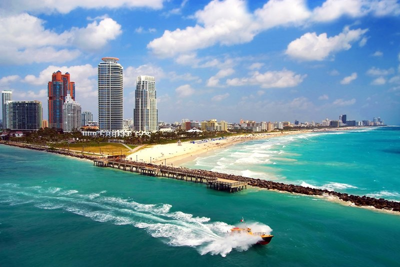 Top 6 Reasons to Move To Miami Beach instead of Downtown