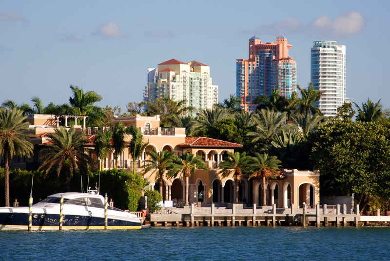 What are the Best Gated Communities of Miami Beach?