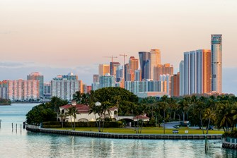 Miami Beach Luxury Condo Market Report Q4 2020